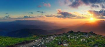 zadziwiająca krajobrazowa góra Obraz Stock