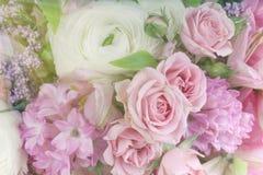 Zadziwiający kwiatu bukieta przygotowania zakończenie up Obrazy Royalty Free
