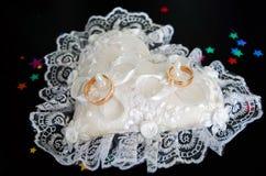 zadzwoń do ślubu poduszki Obrazy Royalty Free