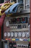 zadzwoń do firetruck zmierzyć węże Fotografia Royalty Free