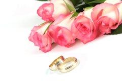 zadzwoń do róż poślubić Zdjęcia Stock