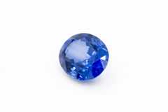 Zaffiro su fondo bianco, gemme blu dello zaffiro blu, gemma, blu Fotografia Stock