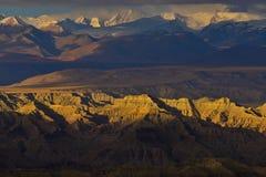 Zagabria nel Tibet la montagna della neve del sole di mattina Immagine Stock Libera da Diritti