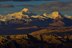 Zagabria nel Tibet la montagna della neve del sole di mattina Immagini Stock Libere da Diritti