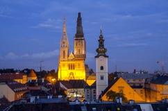 Zagreb vid natt royaltyfria foton