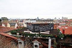 Zagreb, Croacia, paisaje urbano con los tejados viejos, 1 Fotografía de archivo libre de regalías