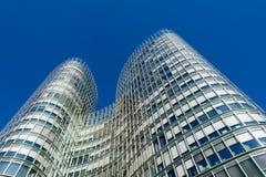 ZAGREB, CROATIE - DÉCEMBRE 2015 : Immeuble de bureaux de tour de ciel à Zagreb Photo stock