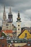 Zagreb en de Mening stock afbeeldingen