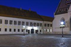 Zagreb en la noche fotos de archivo libres de regalías