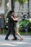 Zagreb, Kroatië/het Dansen in de Straat royalty-vrije stock fotografie