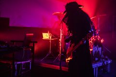 """Zagreb Kroatien†""""kan 30 2019 Konsert av den gotiska rockbandet Christian Death f?r kult i Zagreb royaltyfri bild"""
