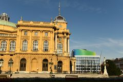 Zagreb, Kroatien - August 2017: Kroatisches nationales Theater in Zagr lizenzfreie stockfotos