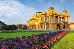 Zagreb - kroatisk medborgare Theate Arkivbild