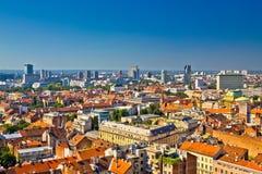 Zagreb linii horyzontu dachów powietrzny widok Zdjęcie Stock