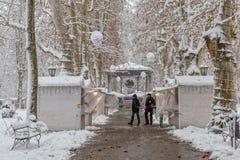 Zagreb Zrinjevac im Schnee Stockfotografie