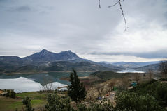 Zahara de la Toppig bergskedja, Andalusia, Spanien arkivfoto