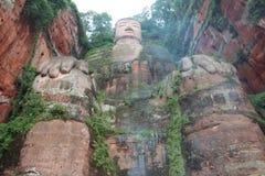 Zahl von Buddha in Leshan des Porzellans stockfotos
