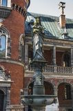 Zahl von Jungfrau Maria und Jeus auf der Spalte im Palast a Stockfotografie