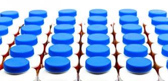 Zahlen der Flaschen von unterhalb des Joghurts Lizenzfreie Stockbilder