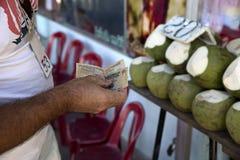 Zahlung für die Waren Vietnam Stockfotografie