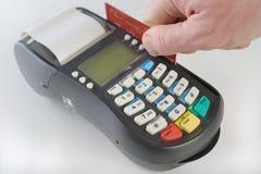 Zahlung mit Kreditkarte lizenzfreie stockfotografie