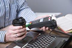 Zahlungsanschluß im Büro Lizenzfreies Stockbild