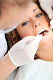 Zahnüberprüfung des Zahnarztes Lizenzfreie Stockbilder