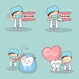 Zahnarzt mit tooh lizenzfreie abbildung