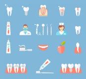 Zahnmedizinische flache Ikonen eingestellt Lizenzfreie Stockfotos