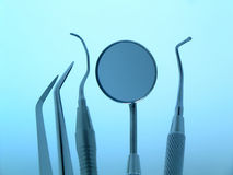 Zahnmedizinische Instrumente Stockbilder