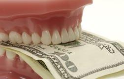 Zahnmedizinische Kosten Stockbild