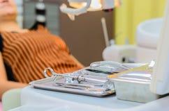 Zahnmedizinische Werkzeuge Stockfotos