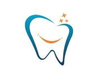 Zahnmedizinischer Logo Schablonenvektor Stockfotos