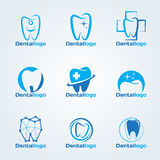 Zahnmedizinisches Klinik- und Service-Logovektorbühnenbild Stockfoto