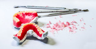 Zahnmedizinisches Labor Tabelle des Zahntechnikerarbeitsplatzes Stockfoto
