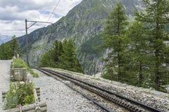 Zahnradbahnbahn nahe Mer de Glace Stockfotografie