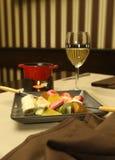 Zakąska z owoc, czekoladą i winem, zdjęcie stock