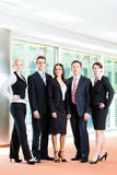 Zaken - groep businesspeople in bureau Royalty-vrije Stock Fotografie
