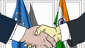 Zakenlieden of politicischokhanden tegen vlaggen van de Verenigde Naties en India Officiële vergadering of samenwerking vector illustratie
