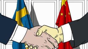 Zakenlieden of politicischokhanden tegen vlaggen van Zweden en China Officiële verwante vergadering of samenwerking royalty-vrije illustratie