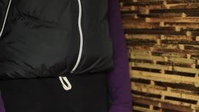 Zakenman Counting Money. stock footage