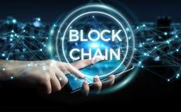 Zakenman die blockchain 3D renderi van de cryptocurrencyinterface gebruiken Stock Afbeelding