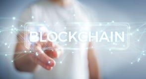 Zakenman die blockchain 3D renderi van de cryptocurrencyinterface gebruiken Stock Fotografie