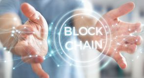Zakenman die blockchain 3D renderi van de cryptocurrencyinterface gebruiken Royalty-vrije Stock Foto's