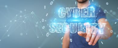 Zakenman die cyber het hologram van de veiligheidstekst het 3D teruggeven gebruiken Stock Foto
