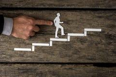Zakenman die de collectieve ladder beklimmen royalty-vrije stock fotografie