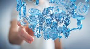 Zakenman die digitaal arobase blauw gebied gebruiken om op intern te surfen Stock Afbeeldingen