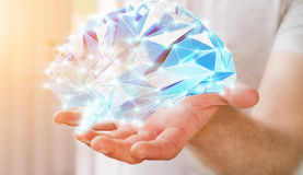 Zakenman die digitale x-ray menselijke hersenen in zijn hand 3D ren houden Royalty-vrije Stock Afbeelding