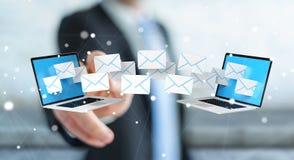 Zakenman die e-mail op zijn digitale apparaten 3D renderin ontvangen Royalty-vrije Stock Afbeeldingen