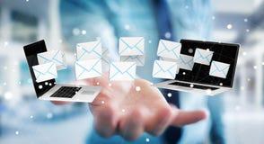 Zakenman die e-mail op zijn digitale apparaten 3D renderin ontvangen Stock Afbeelding